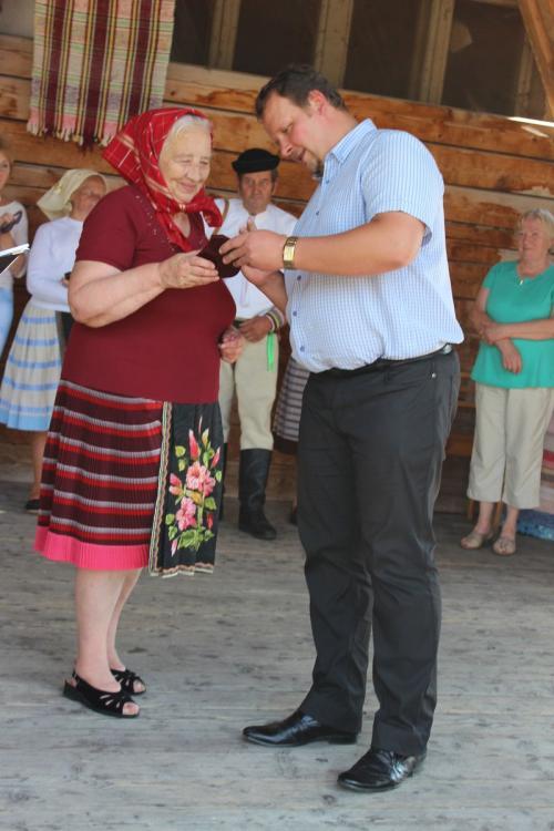 Slávnostné odovzdávanie čestných uznaní zarozvoj ľudových remesiel vŠumiaci - 20