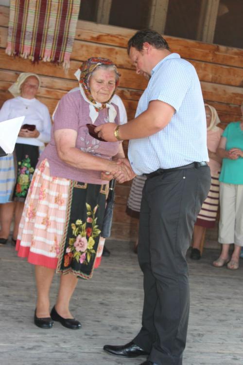 Slávnostné odovzdávanie čestných uznaní zarozvoj ľudových remesiel vŠumiaci - 22