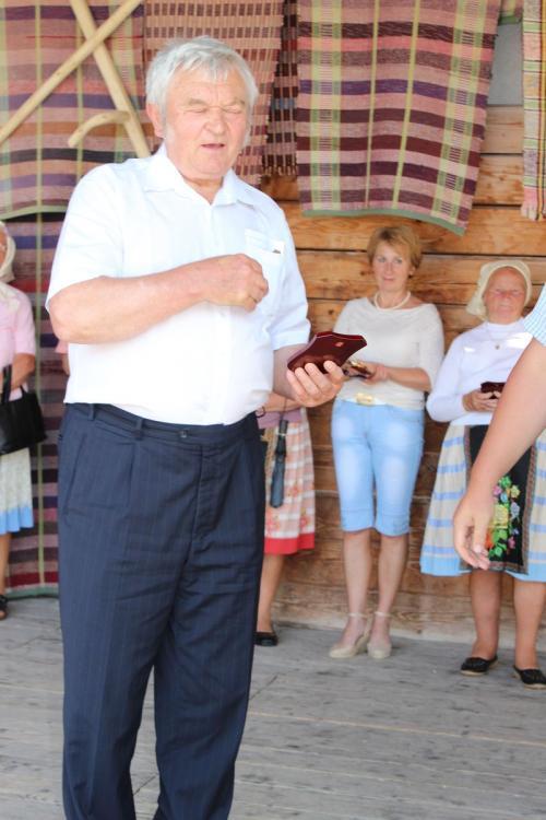 Slávnostné odovzdávanie čestných uznaní zarozvoj ľudových remesiel vŠumiaci - 37