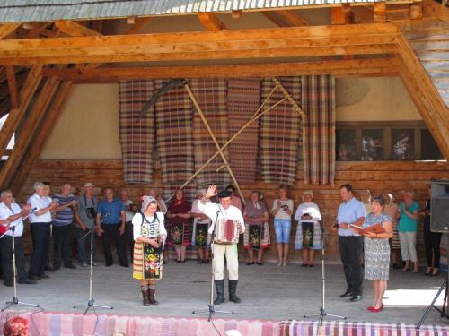 Slávnostné odovzdávanie čestných uznaní zarozvoj ľudových remesiel vŠumiaci - 88